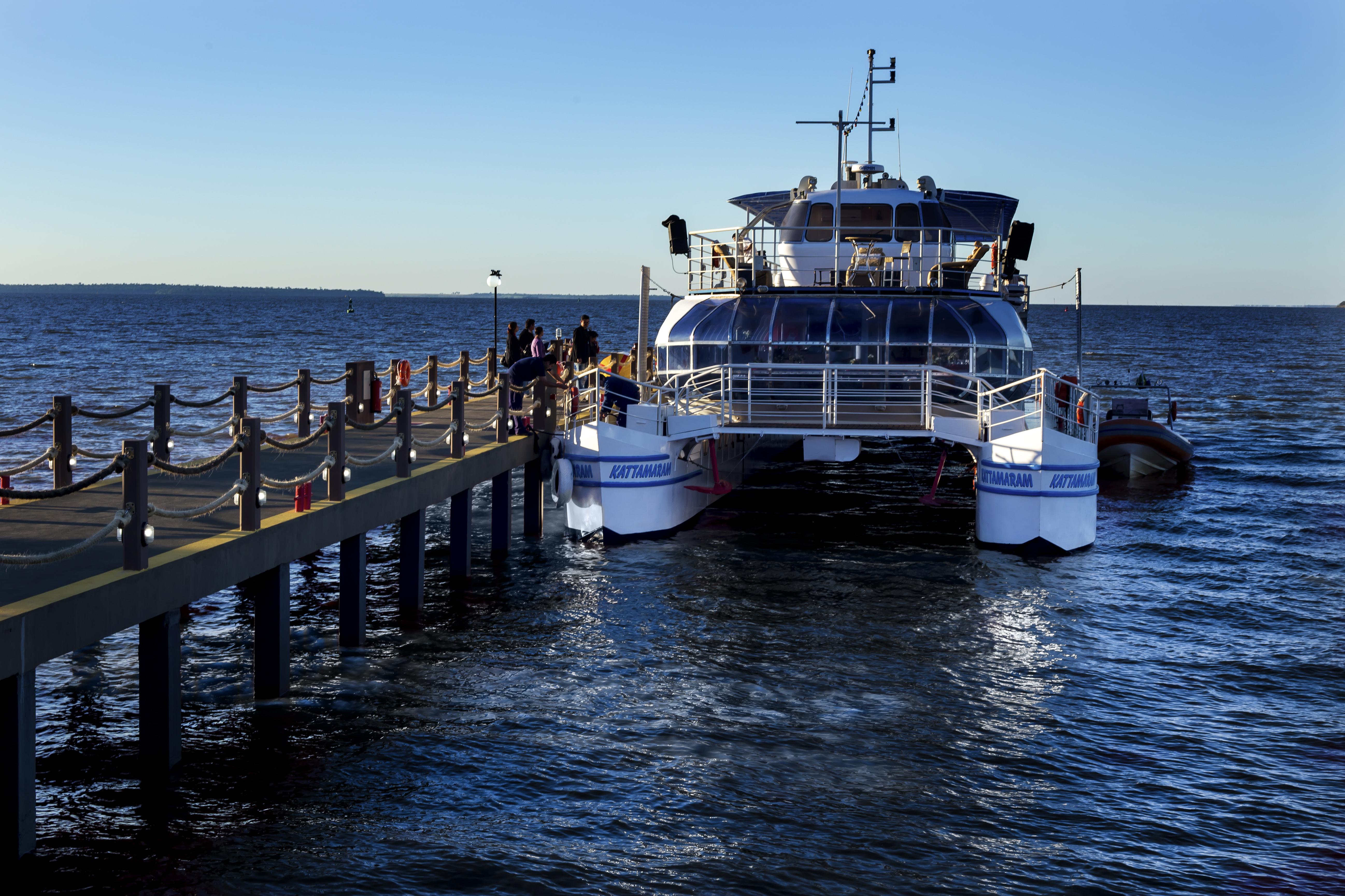 pier, porto katamaram, novo atrativo do complexo turistico itaipu